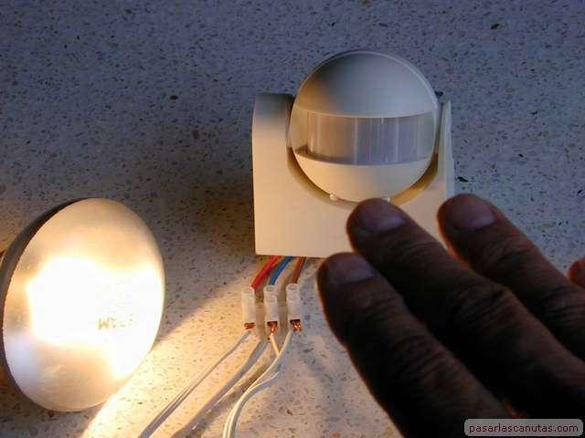 Casas cocinas mueble como poner un sensor de luz - Sensor de movimiento con luz ...