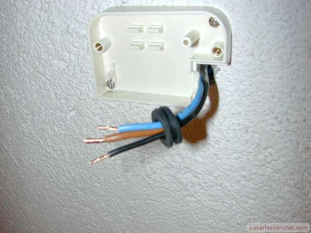 Bricolaje de electricidad instalar un control autom tico - Cables de electricidad ...