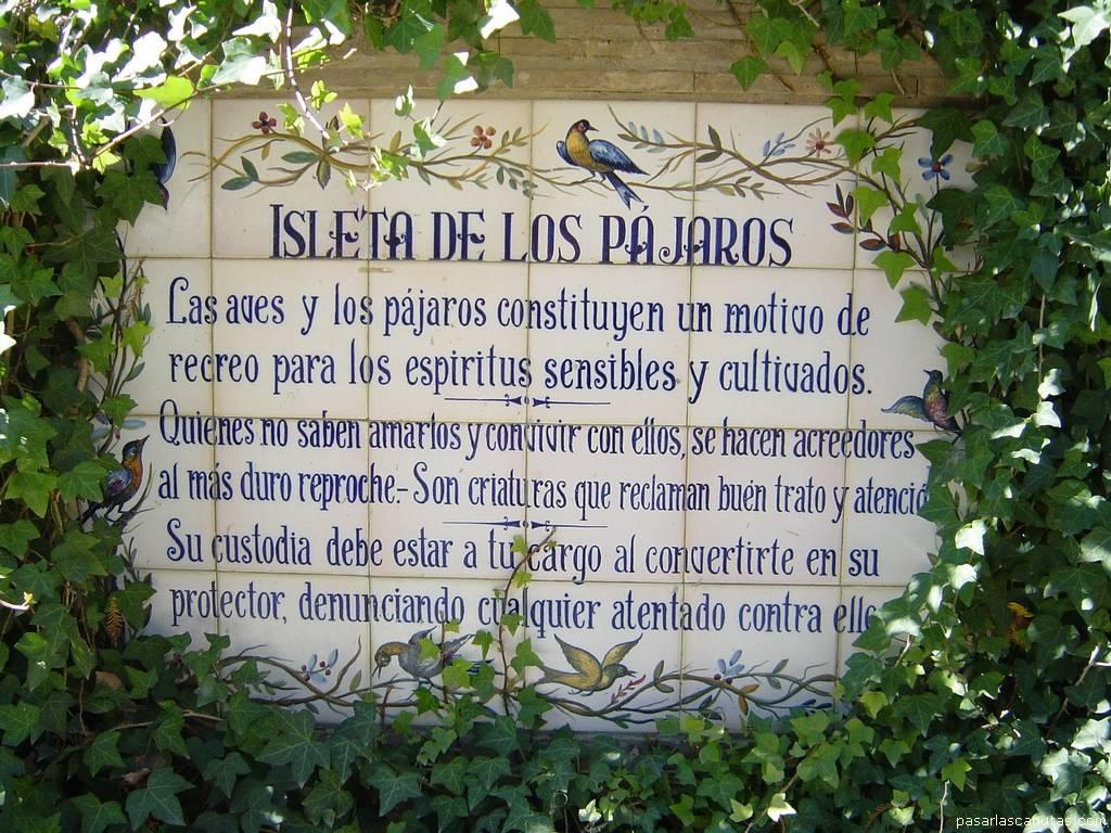 http://www.pasarlascanutas.com/Sevilla/SEVILLA%20-%20RETABLO%20EN%20LA%20ISLA%20DE%20LOS%20PAJAROS.JPG
