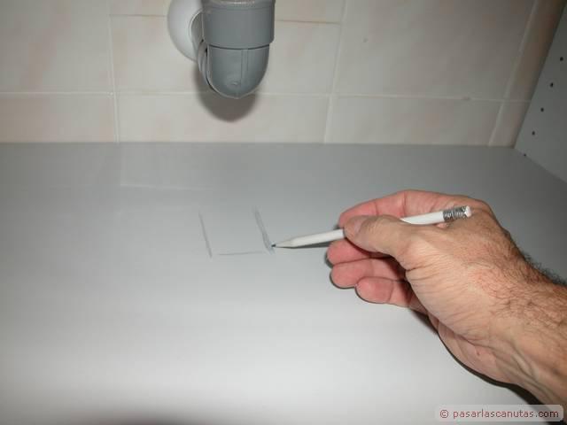 Muebles de ba o sin quitar lavabo for Muebles para bano acero inoxidable