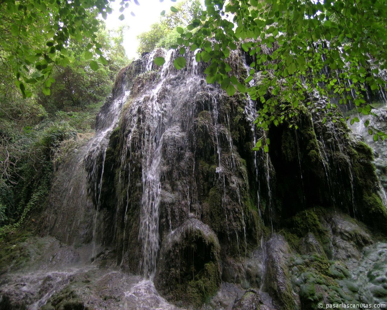 fotos de paisajes - Monasterio de Piedra - cascada