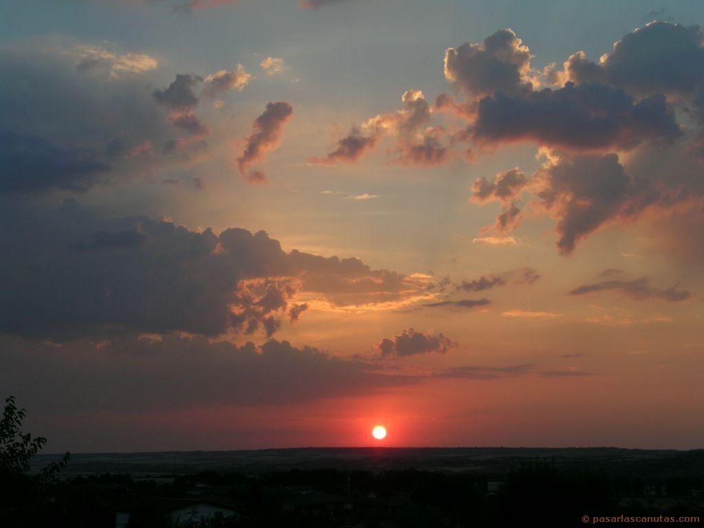 Saludando al dia....Amaneceres - Página 2 Fotos_de_paisajes_amaneceres_05