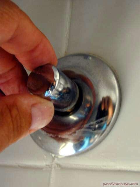 Instalar un grifo termostatico for Llave de agua para ducha
